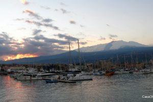 Porto Etna 2,5km: vista Giarre-Riposto e la Marina