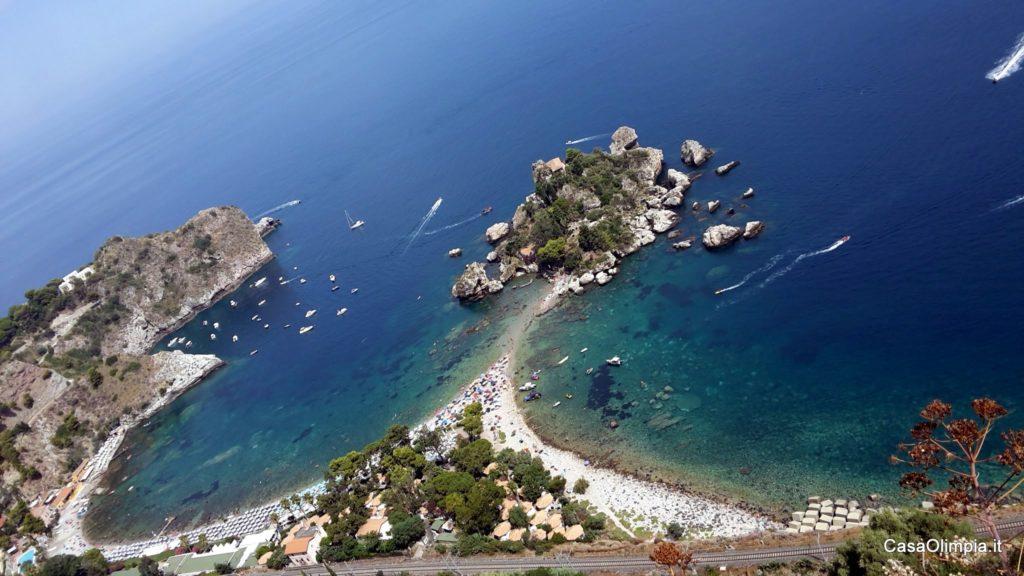 Vacanze in Sicilia Spiaggia Isola Bella Taormina Tour Sicilia Orientale