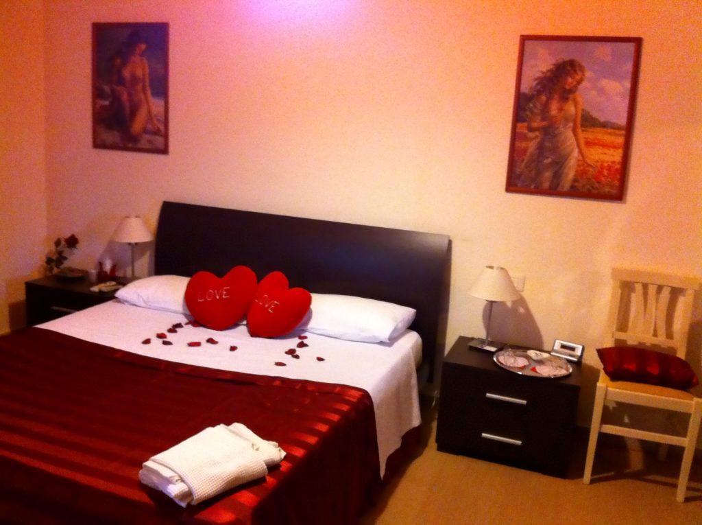 Camera matrimoniale Atena con pacchetto romantico