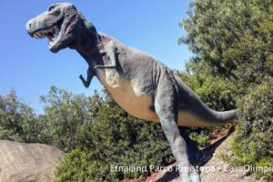 Etnaland Parco dei Dinosauri Preistoria Tyrannosaurus Rex lucertola tiranna dinosauro carnivoro